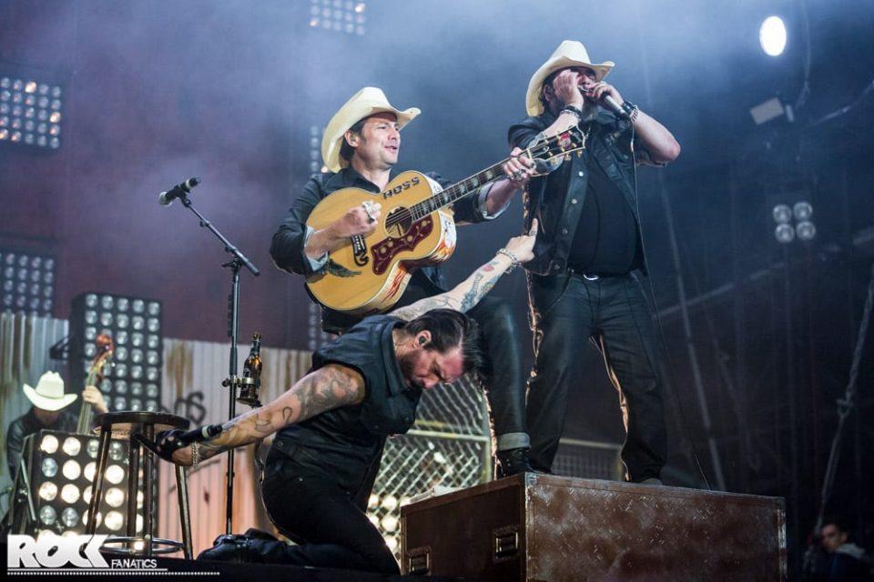 The Boss Hoss live auf der Beck's Crater Stage bei Rock am Ring 2016. Foto: Steffie Wunderl