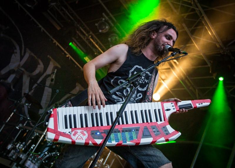 alestorm-burgfolk-festival-2013-4