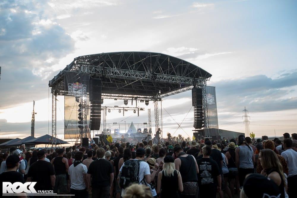 NovaRock2014_PublikumFreitag-22