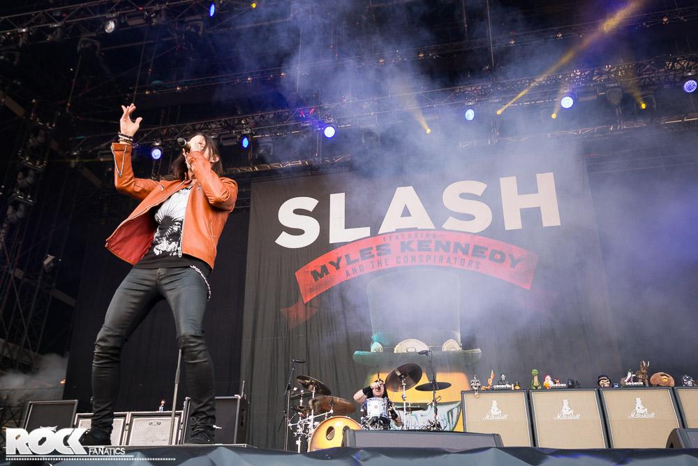 Slash feat. Myles Kennedy & The Conspirators