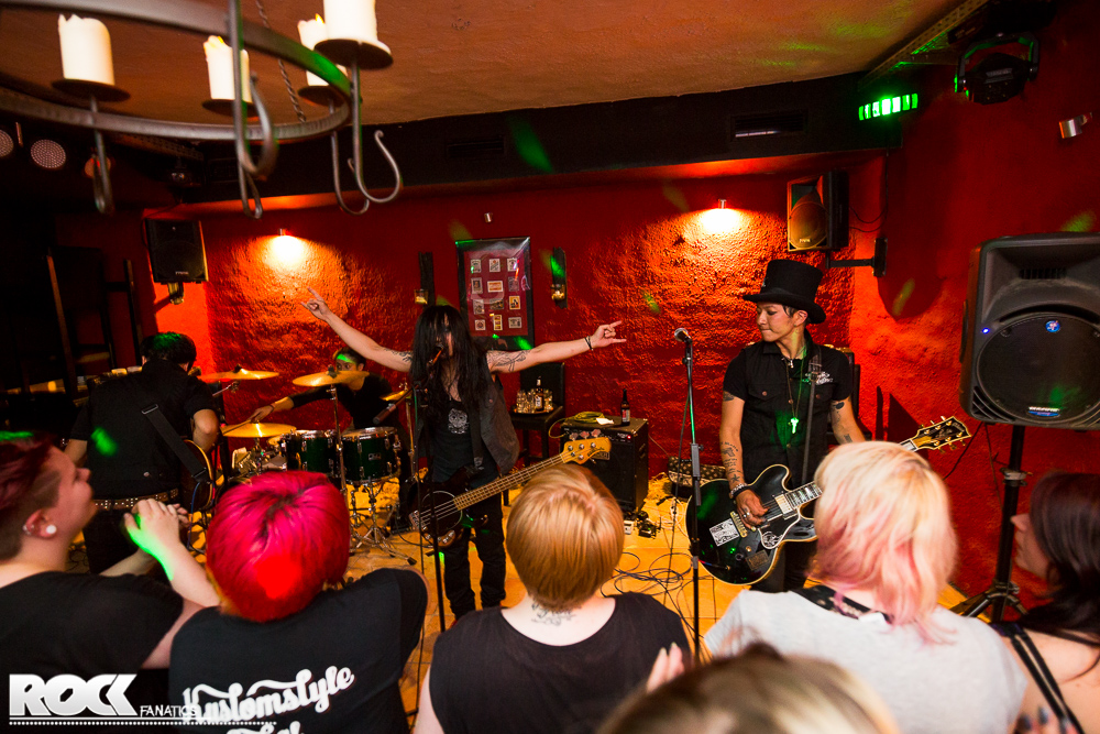 X Made Alcoholic Santaclaus Foto: Steffie Wunderl