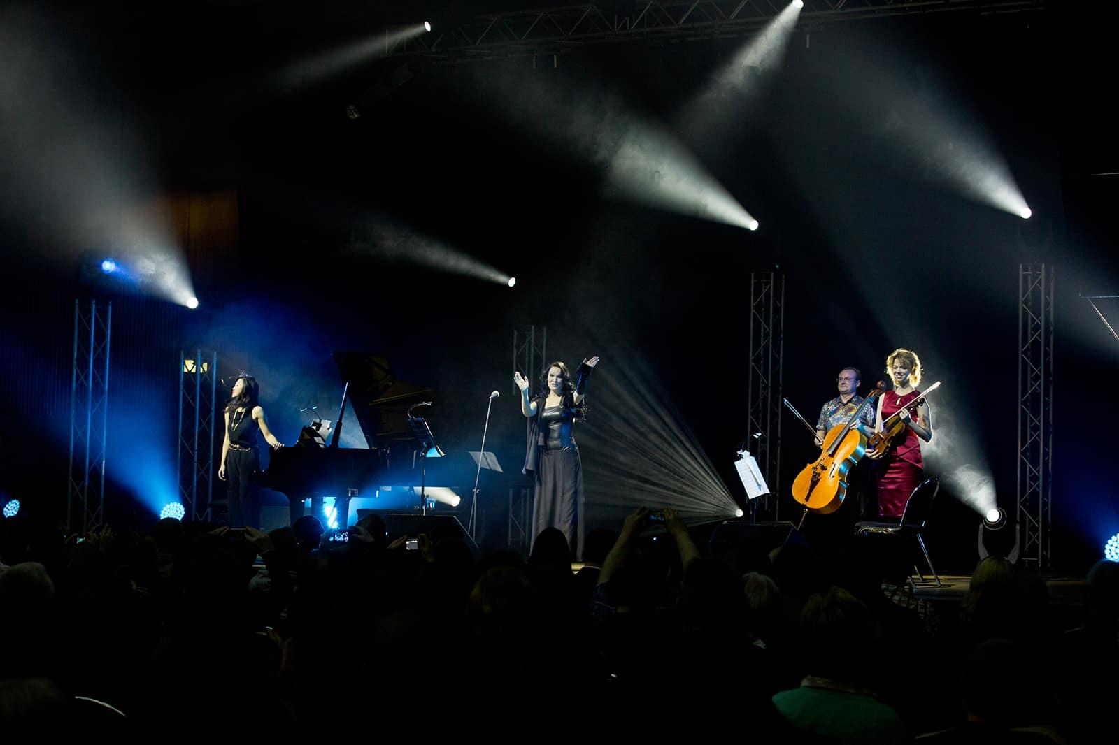 Tarja Turunen - Christmas in the Heart