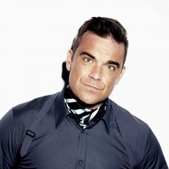 Robbie Williams - Take The Crown Stadium Tour 2013