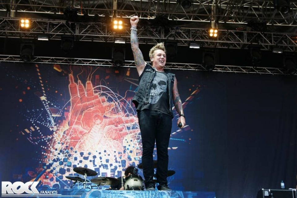Papa Roach - Silence Is The Enemy Tour 2013