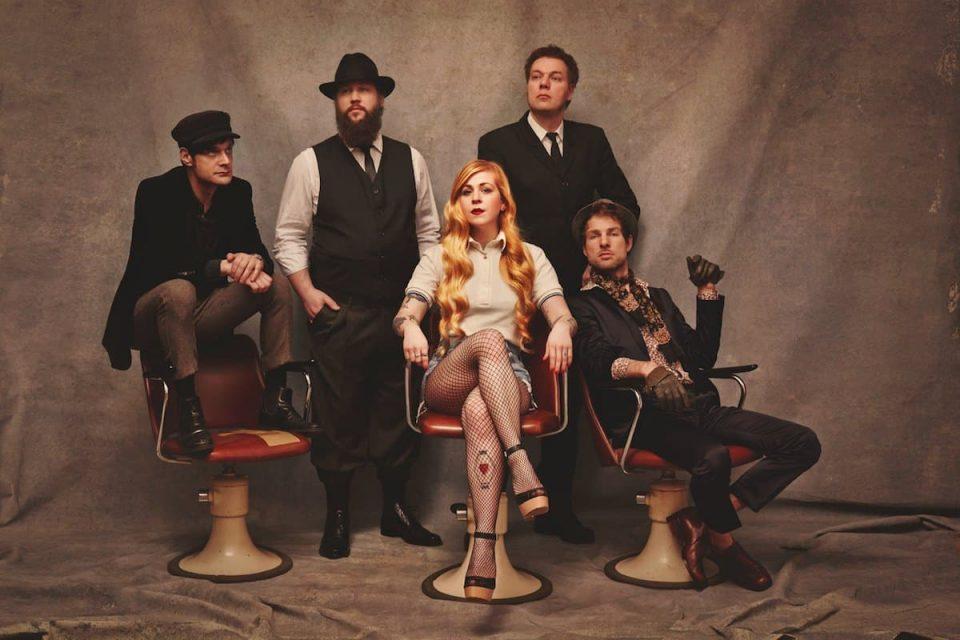 Rhonda - Debütalbum und Tournee