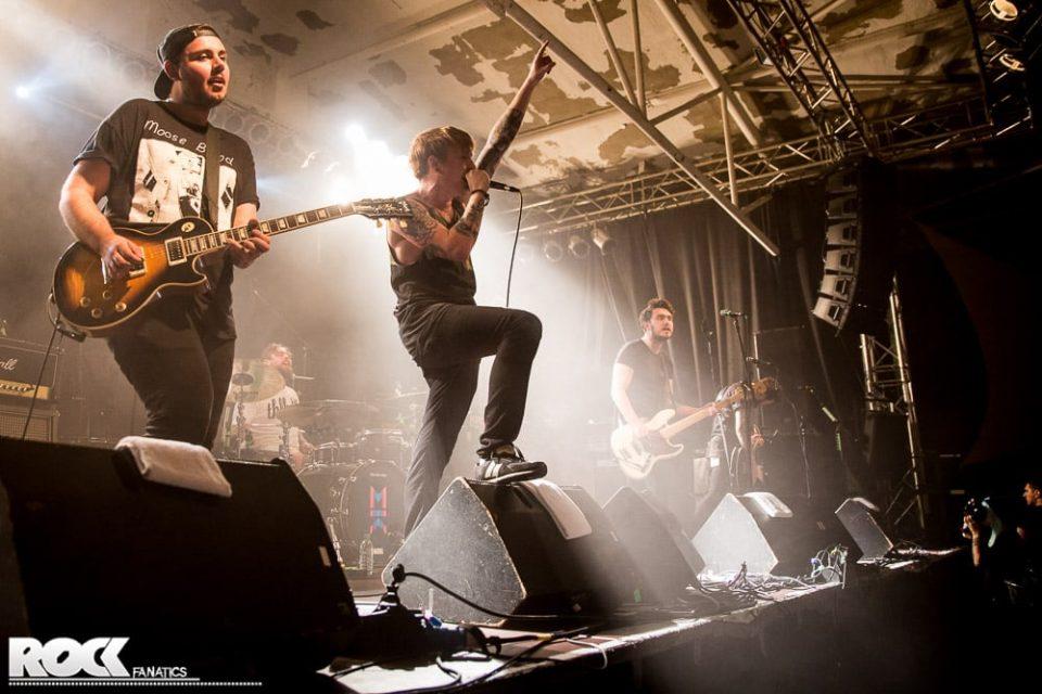 Mallory Knox - Support One Ok Rock - 07.12.2014 - Essigfabrik, Köln
