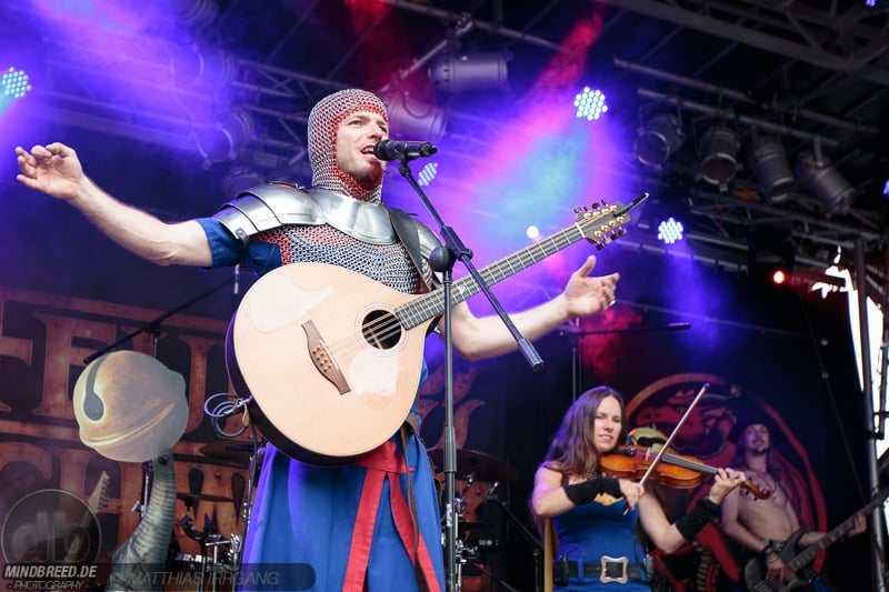 Feuerschwanz - Burgfolk Festival 2015
