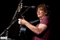 Dan Owen live als Support von Birdy in der Live Music Hall Köln <a class=