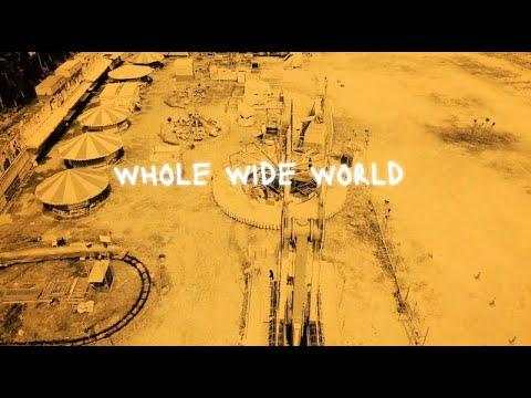 Billie Joe Armstrong veröffentlicht Whole Wide World (Wreckless-Eric-Cover)